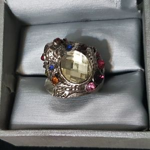 Jewelry - Frog Gemstone Fashion Ring